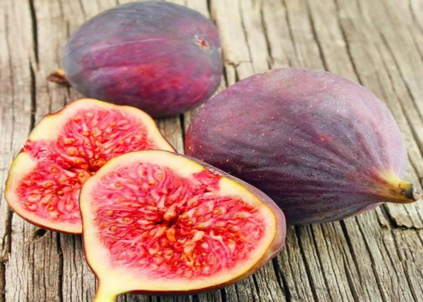 Figs – eat more fruit to stay healthy.